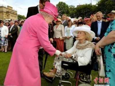 色五月女王来了图片 迅雷种子你懂的 网王之照单全收