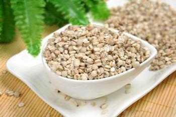 可以调理身体、助于睡眠呦 每天吃薏米好吗