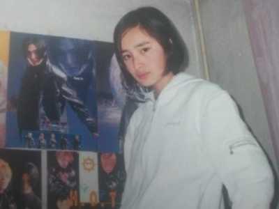安七炫被误认成谢霆锋 谢霆锋刚出道时的海报