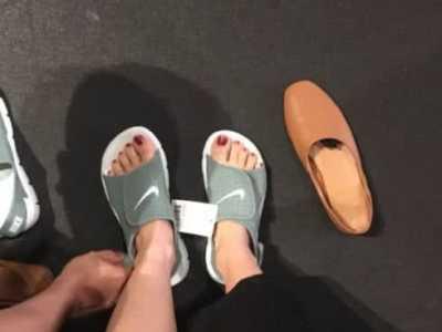 """最近Nike""""凉鞋""""风靡校园 耐克凉鞋"""