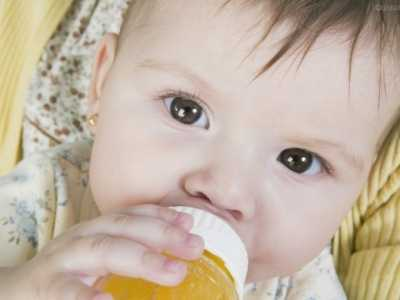 时间宜晚不宜早家长要记牢 婴儿可以吃苹果汁吗