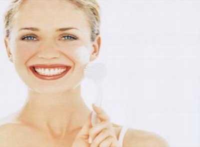 保湿精华液排行榜TOP5推荐 补水效果好的护肤套装
