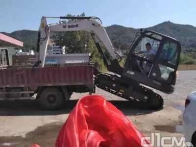 看看山猫E20挖掘机日常在忙些啥 石家庄欧洁蔓美容美发会所
