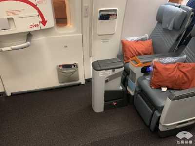 300er座位 五星新航初体验 新航777
