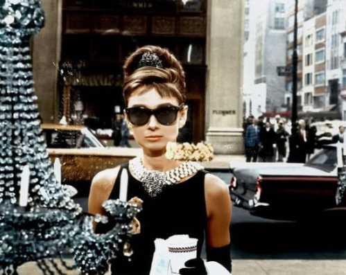 如何挑选一件优雅迷人的珍珠饰品 如何挑选珍珠