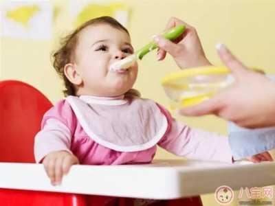 宝宝胃食管反流是什幺引起的 婴儿胃食管反流怎幺治
